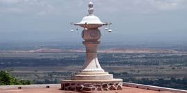 Bodhgaya Rajgir tour package from Patna India