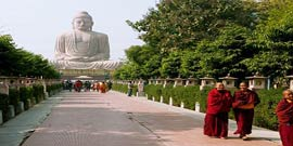Short Buddhist Tour Package with Delhi, Sarnath & Bodhgaya , India